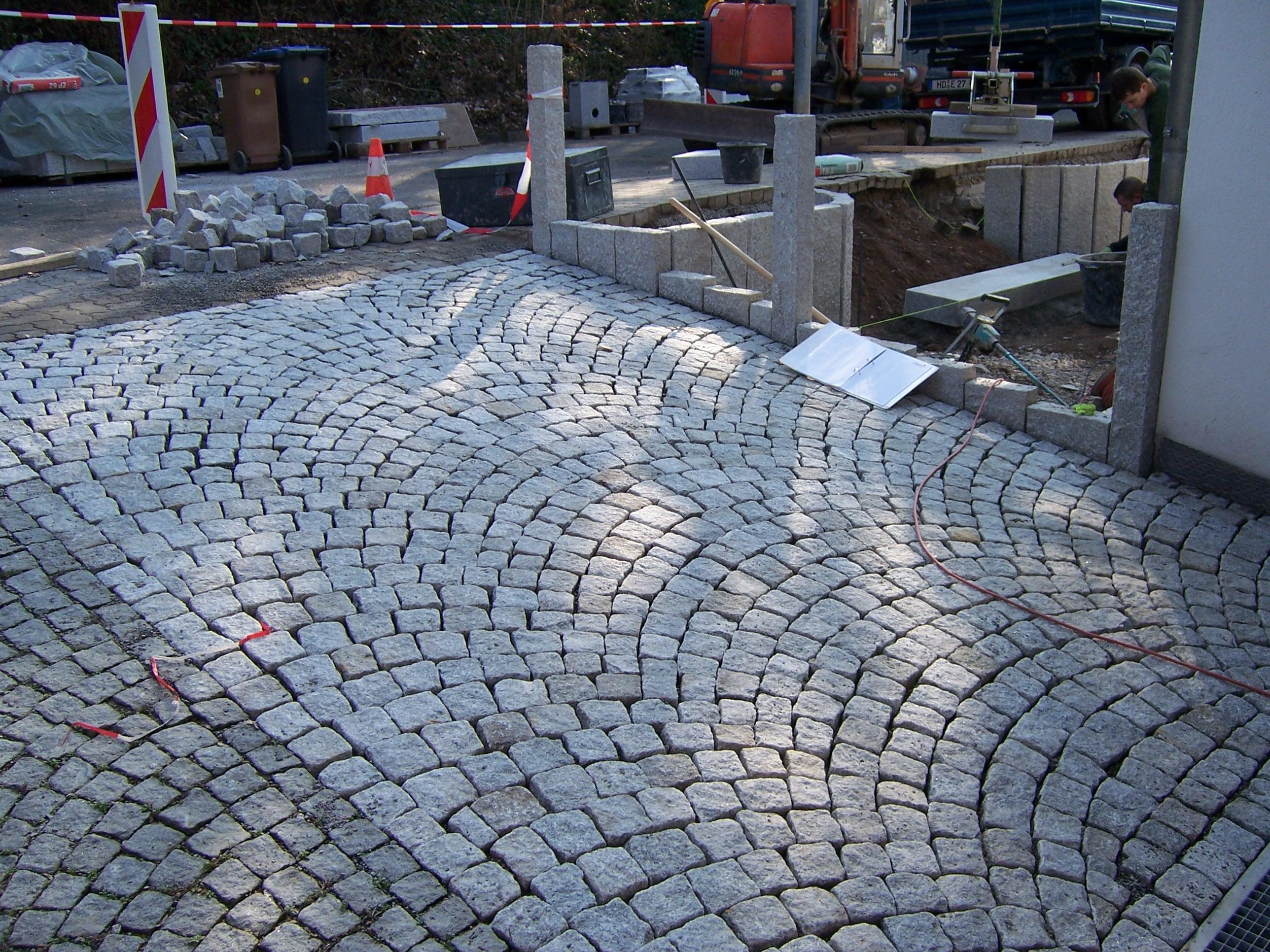 Wegebu und Pflasterarbeiten in Heidelberg und Schwetzingen